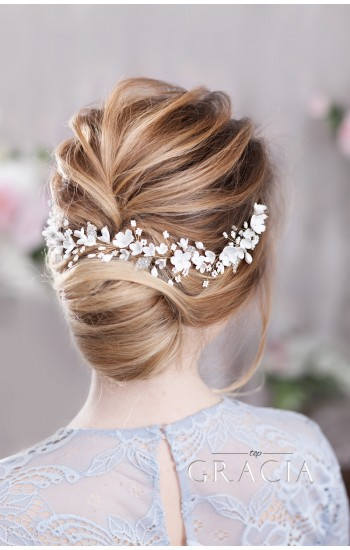 BARA Flower Bridal Headpiece for Sensitive Romantic Brides