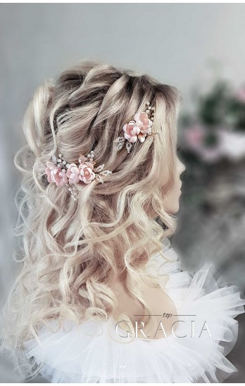 INSAR Blush Wedding Hairpins for Romantic Brides