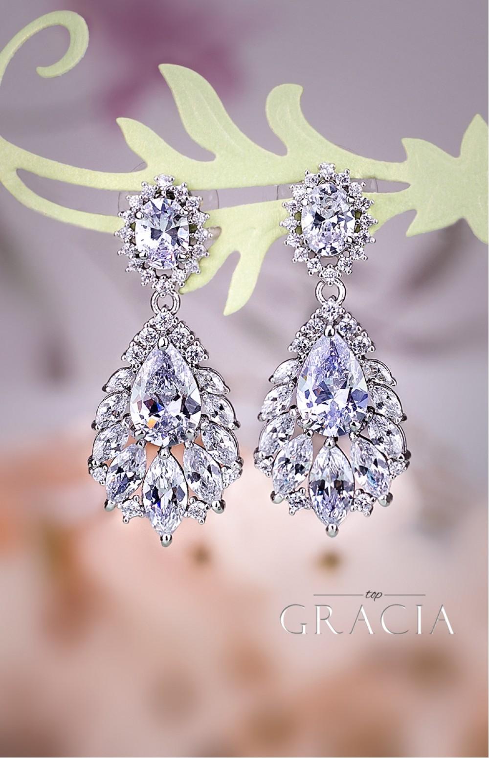 Melaina chandelier wedding dangle drop cz vintage style crystal melaina chandelier wedding dangle drop cz vintage style crystal bridal earrings by topgracia arubaitofo Images