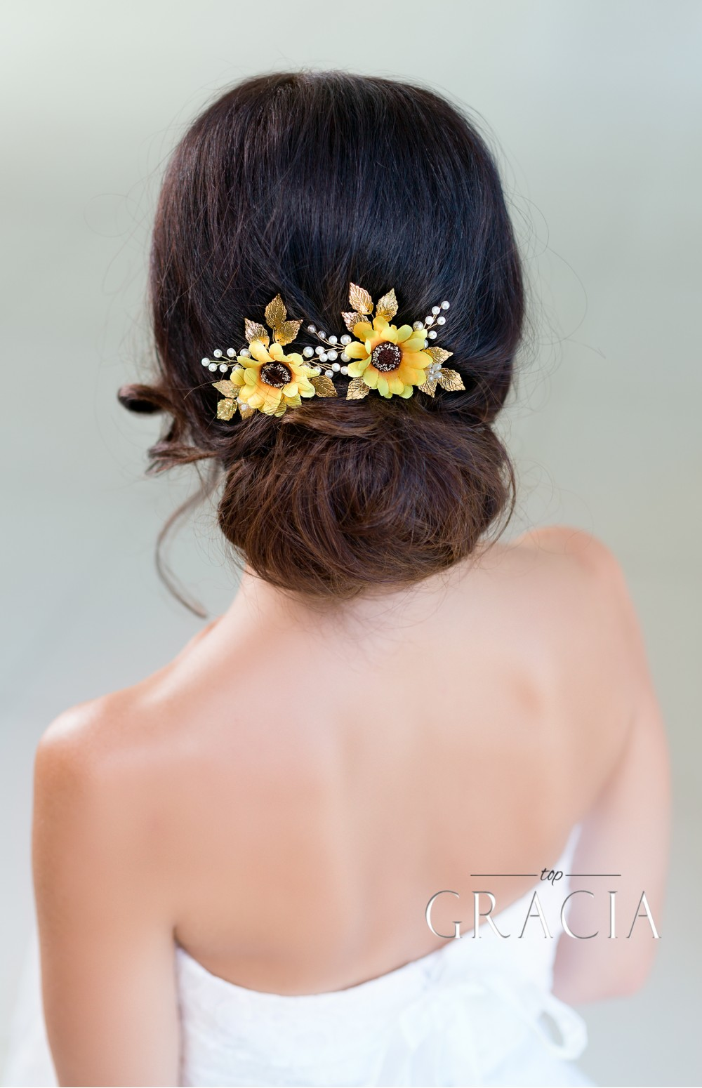 rustic wedding hairstyles with sunflowers