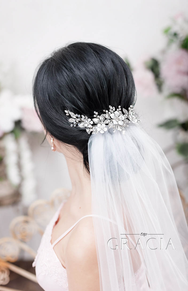 Enhance Your Romantic Bridal Hair Half Up Half Down Hairstyle With