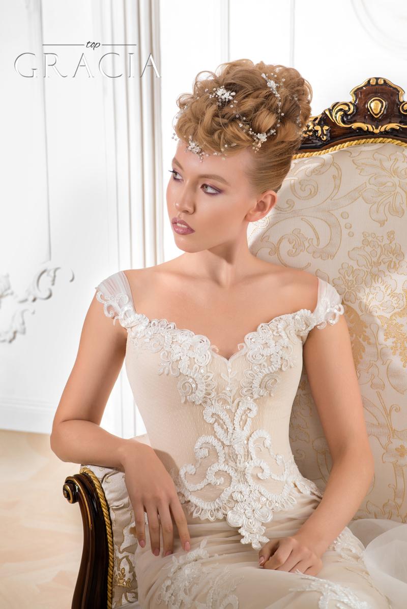 White wedding hair vine