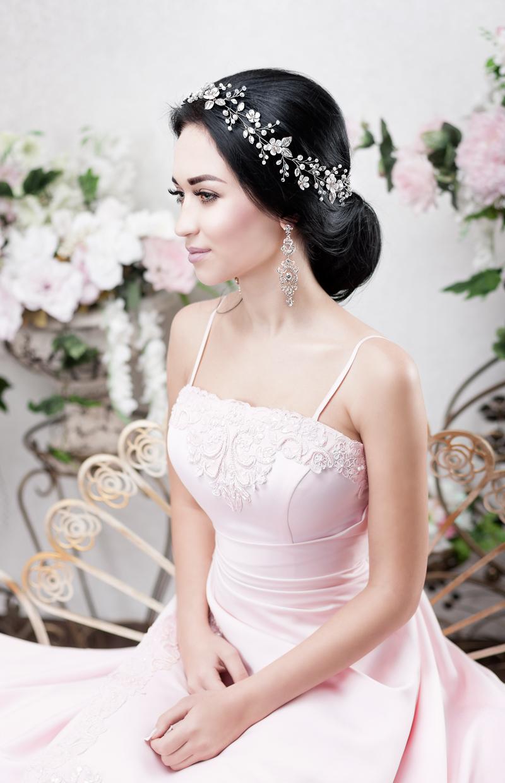 flower_leaf_ivory_wedding_hair_vine_for_long_hair