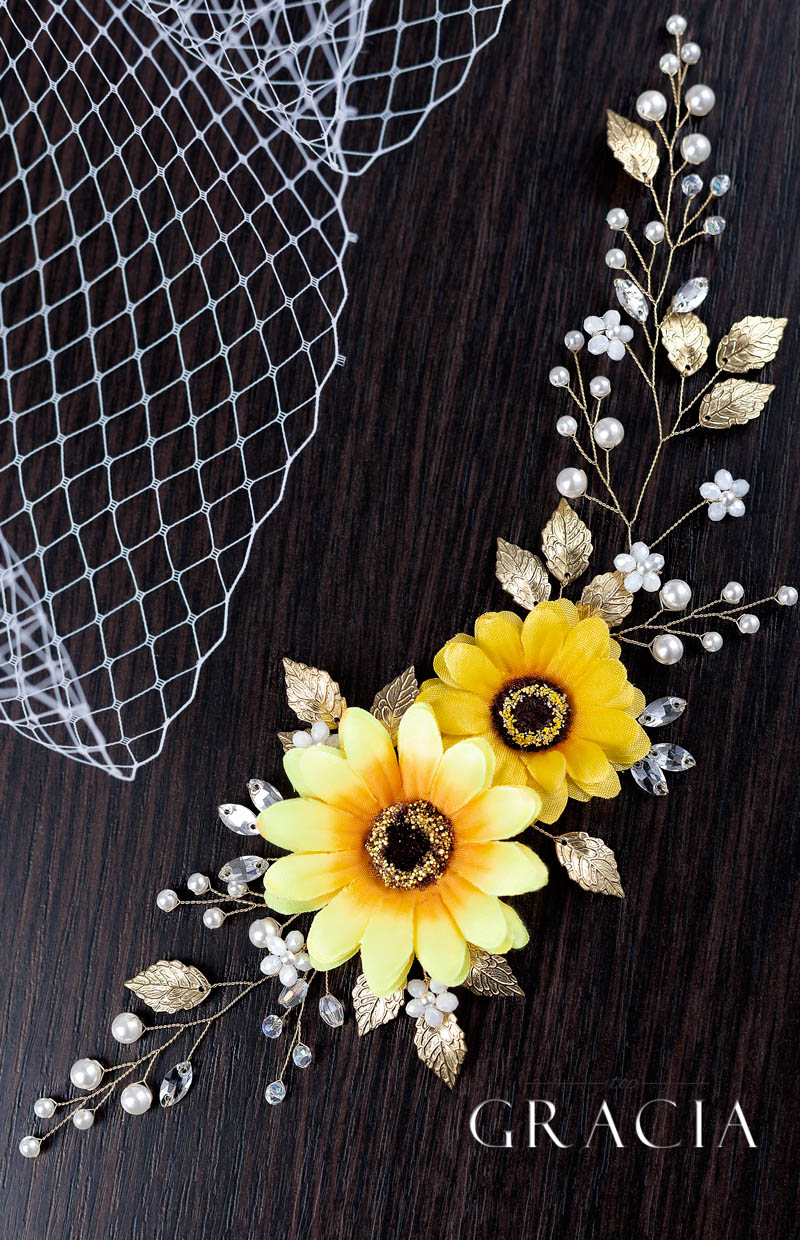 sunflower_wedding_accessory_ideas_fall_vintage_rustic_style_by_TopGracia