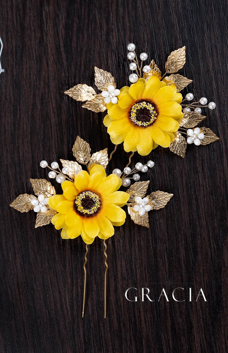 sunflower_wedding_image_ideas_with_fall_hair_accessories_simply_beautiful_by_TopGracia